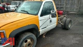 **Lot Updated, Plow Included** 2000 Chevrolet 3500 Regular Cab Pickup with Plow