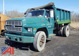 1986 Ford F700 Dump Truck