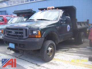 2001 Ford F350 XL SD Dump Truck