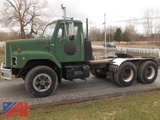 1988 International S2600 Tractor