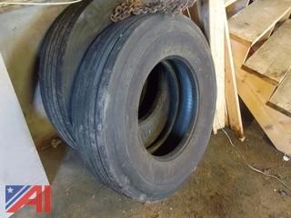 (5) 12R22.5 Tires
