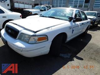 2005 Ford Crown Victoria 4 Door/Police Interceptor