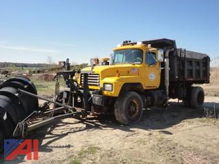 1999 Mack RD688P Dump Truck with Plow