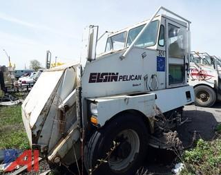 1999 Elgin Pelican Street Sweeper/809