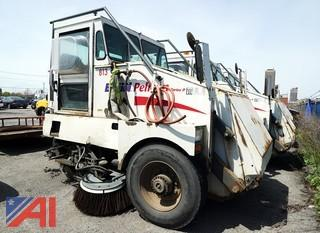 2000 Elgin Pelican Street Sweeper/809