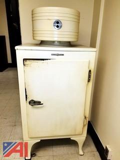 1930's General Electric Monitor Top Refrigerator Type CA-2-B16