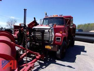 1997 Ford L9000 Dump Truck w/ Plow