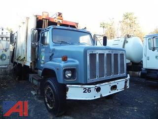 1989 International 2654 Garbage Truck
