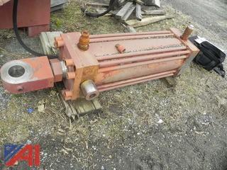 (3) Hydraulic Cylinders w/ 2 Torque Tubes