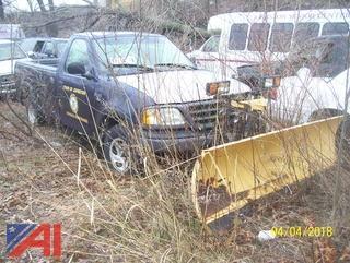 2003 Ford F150 XL 4X4 Pickup w/ Plow
