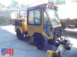 **Lot Updated** 2001 Trackless MT5T Vehicle