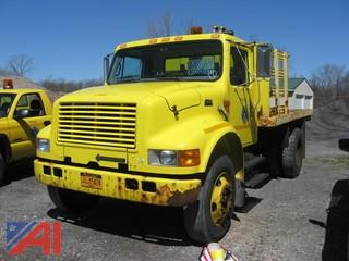 2000 International 4700 Stack Body Truck