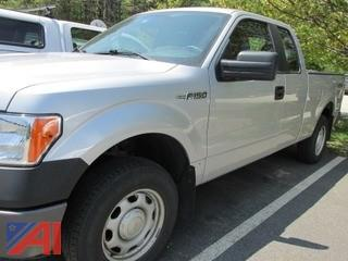 2013 Ford F150 Pickup w/ ext Cab