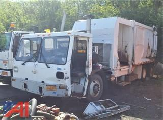 2003 Crane Carrier Low Entry Side Loading Garbage Truck