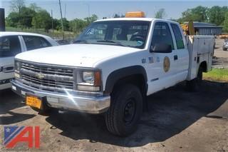 2000 Chevrolet K2500 Utility Pickup Truck