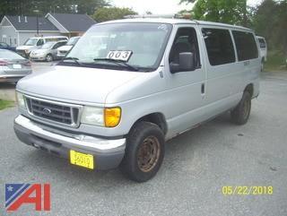 2004 Ford E150 XLT Van