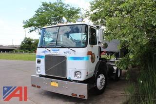 1987 White/GMC Tractor