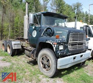 1993 Ford LNT9000 Tractor Truck