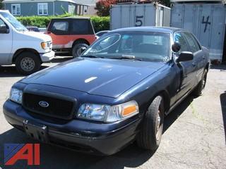 2007 Ford Crown Victoria 4 Door/ Police Interceptor