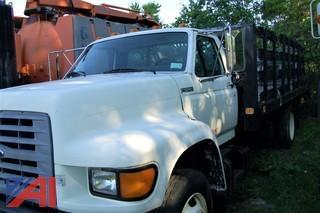1998 Ford F700 Stake Rack Truck