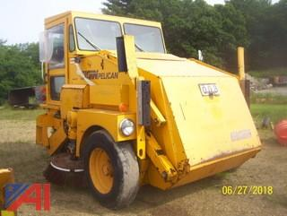 1995 Elgin Pelican SE Sweeper