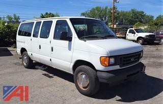 2004 Ford E350 XL Super Duty Van