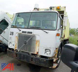 1999 Volvo WX64-Dump Refuse Packer Truck