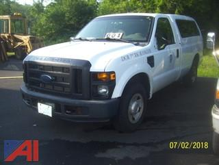 2008 Ford F250 SD Pickup with Cap