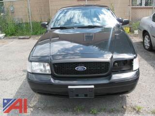2008 Ford Crown Victoria 4 Door/ Police Interceptor