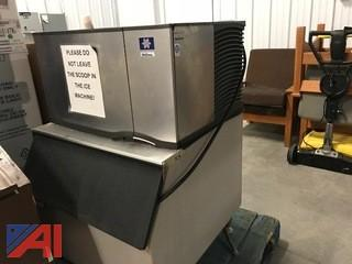 Manitowoc Ice Maker with water filter