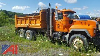 2002 Mack RD688S 6x4 Dump Truck