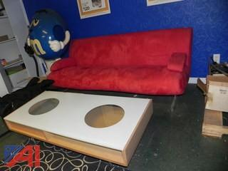 Modern Style Couch & Table
