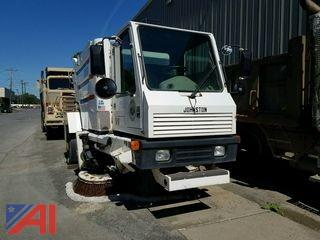 2003 Johnston 300 Sweeper