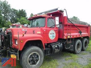 1988 Mack RD690S Tandem Dump