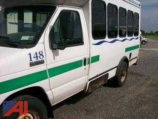 2006 Ford E350 Wheelchair Bus