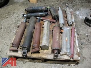 Pallet of (11) Hydraulic Cylinders and Misc Hydraulic Cylinders