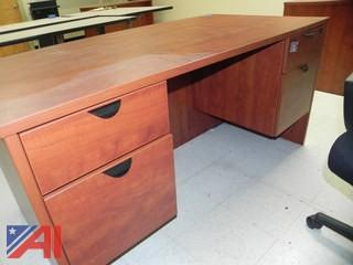 5' Desk and Chair (E21)