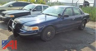 2005 Ford Crown Victoria 4 Door Police Interceptor
