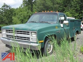 1987 Chevrolet R20 Pickup Truck with Utility Body