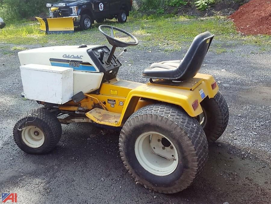 auctions international auction chittenango central schools, ny Cub Cadet Gator auctions international auction chittenango central schools, ny 15099 item cub cadet hydro 1872 riding tractor