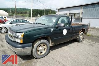 2003 Chevy 1500 Silverado Pickup Truck with Lift Gate