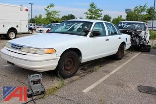 1997 Ford Crown Victoria 4 Door/Police Interceptor