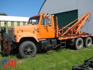 1984 International F2574 Truck