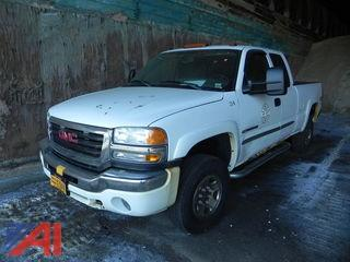 2006 GMC Sierra 2500HD Pickup Truck