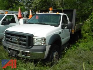 2007 Ford F450 SD Flatbed Pickup
