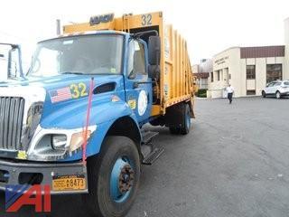 2003 International 7400 Garbage Truck