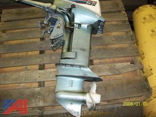 10 HP Evinrude 9.9 Boat Motor