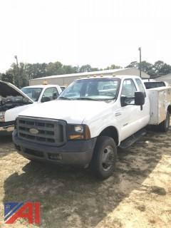 2005 Ford F350 Utility Truck