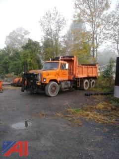 1998 International 2574 Dump Truck
