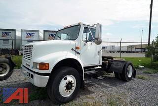 2000 International 4900 4x2 Semi Tractor